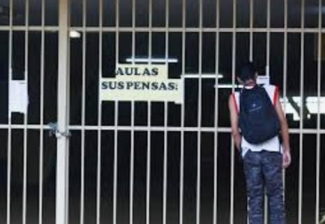 ESCOLAS particulares sofrem para não fechar as portas em Pernambuco