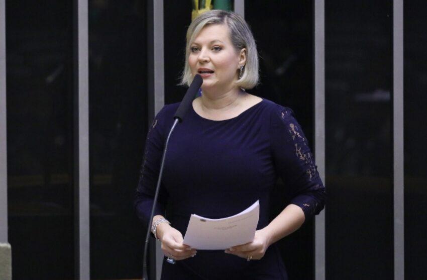 PSL acelera escolha de Joice Hasselmann em SP para reduzir efeito Bolsonaro