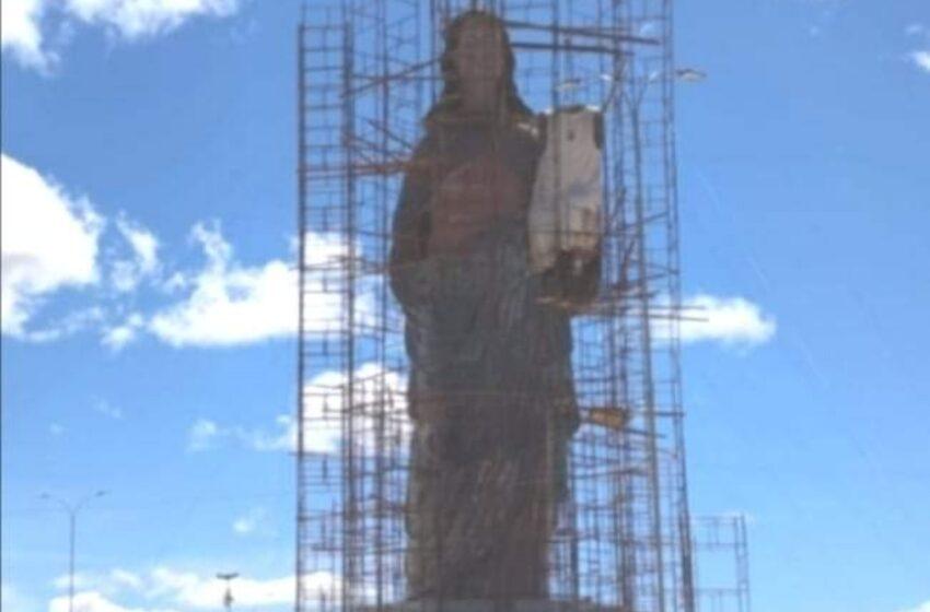DIÁRIO do Nordeste, edição da quinta-feira, 3 de setembro, mostra matéria sobre o Mirante de Nossa Senhora da Penha