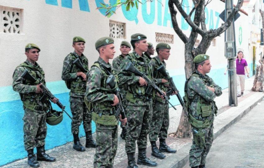 FORÇAS Armadas ajudarão no patrulhamento durante o 1º turno