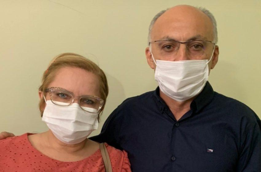 JOAQUIM da Farmácia, acompanhado da sua esposa, primeira dama de Paulistana, assinou atos de nomeações na Prefeitura