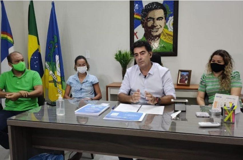 """ARARIPINA divulga plano de vacinação: """"Começa na próxima quarta-feira (20), diz Pimentel"""