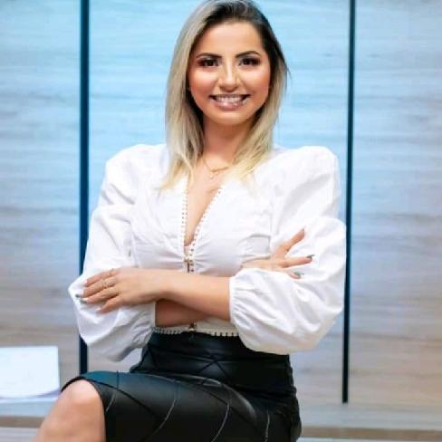 PARABÉNS para a secretária de Saúde de Salitre, Geórgia Souza!