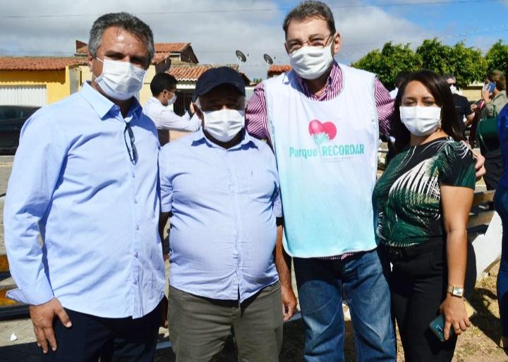 PERSONALIDADES, no nosso ver, merecedores dos registros quando da visita do coordenador do PRO Piauí, a Caldeirão Grande