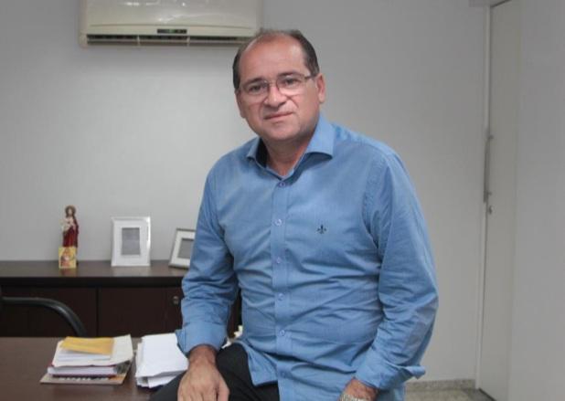 ZÉ Ailton Brasil (PT), 56 anos, pela 2ª vez ocupa o cargo de prefeito do município do Crato